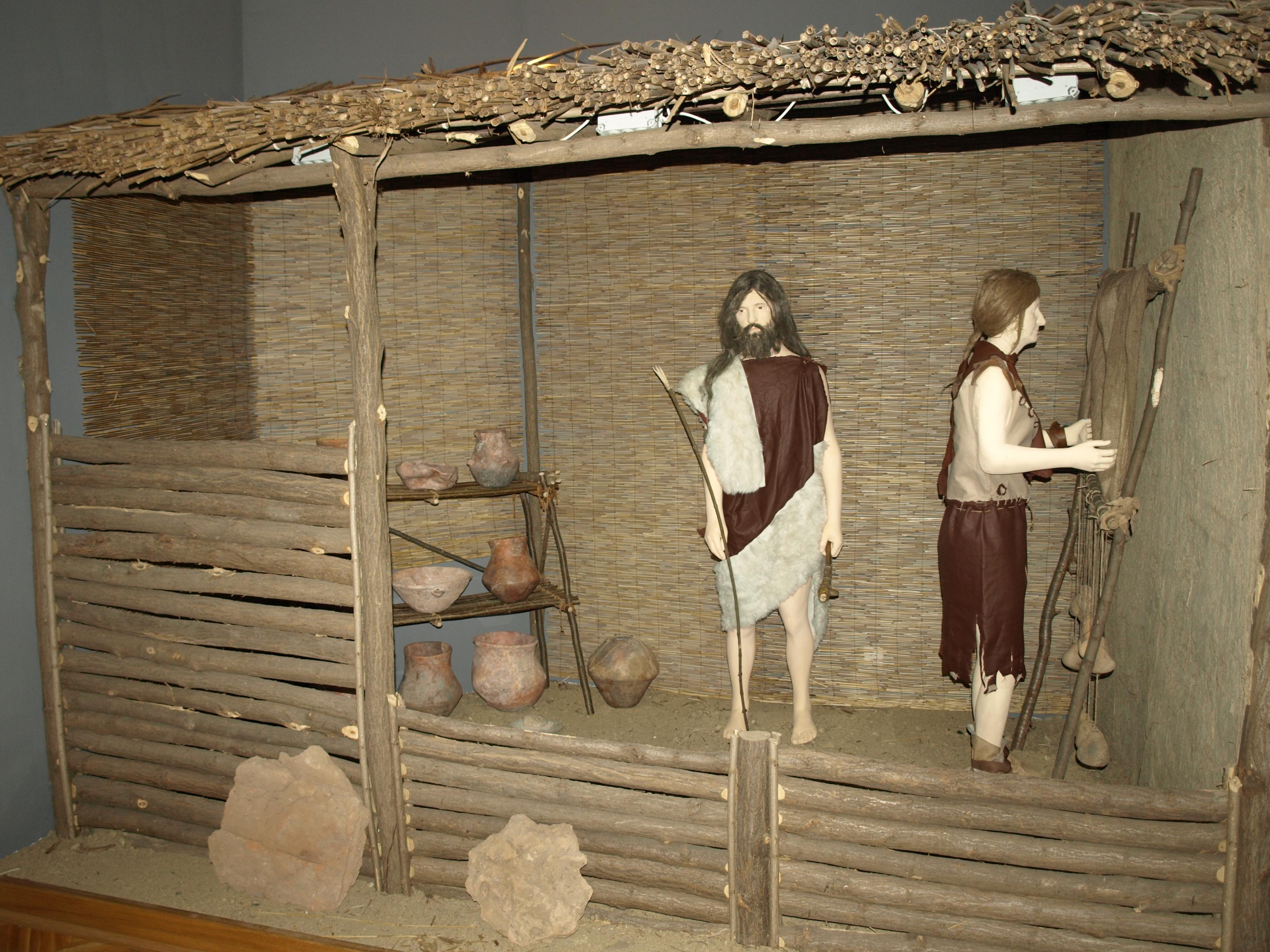 4. Detalj Stalnog arheoloSkog postava.JPG